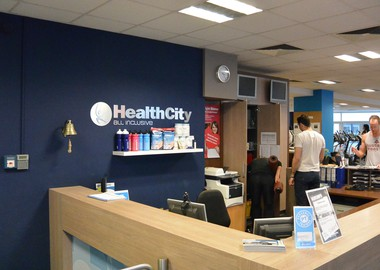 fitnessstudios k ln am z lpicher platz healthcity. Black Bedroom Furniture Sets. Home Design Ideas